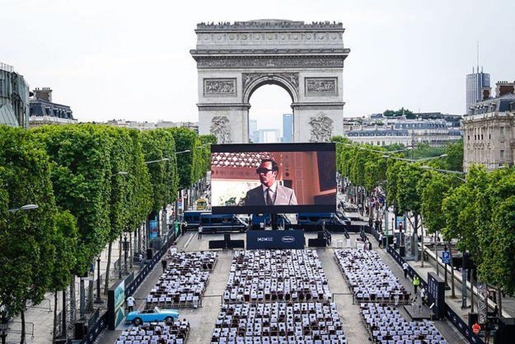 Το μεγαλύτερο θερινό σινεμά του Παρισιού