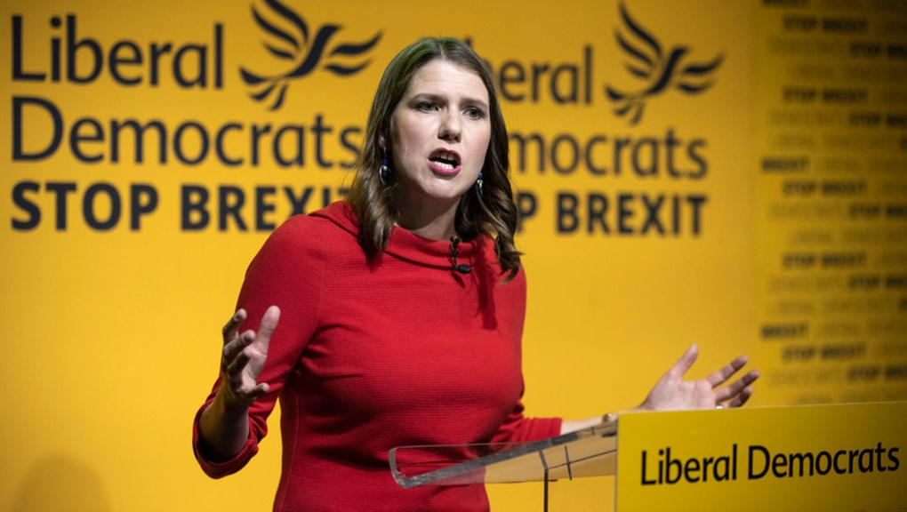 Liberal & Democrats Party: Η Joe Swinson και η τακτική του «Revoke and Remain»