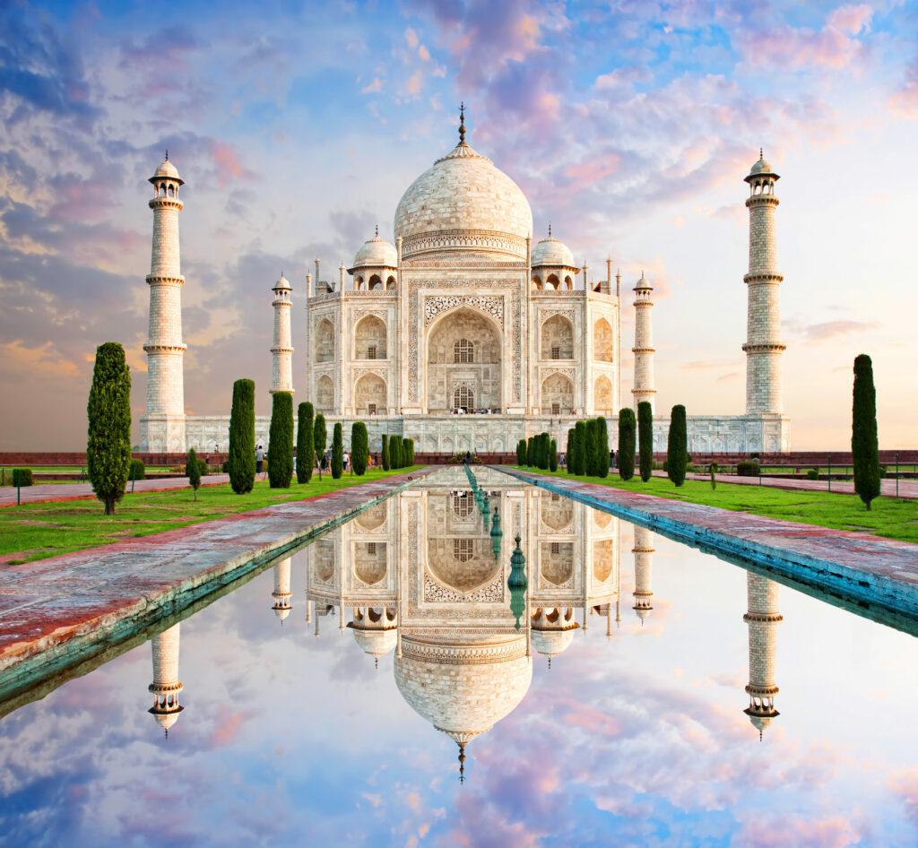 Ταζ Μαχάλ: Η μεγαλοπρέπεια ενός μαυσωλείου