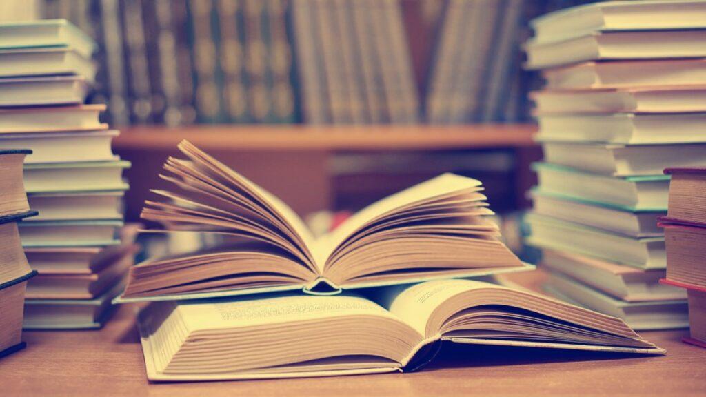 8 βιβλία οικονομικών που συζητήθηκαν την τελευταία δεκαετία