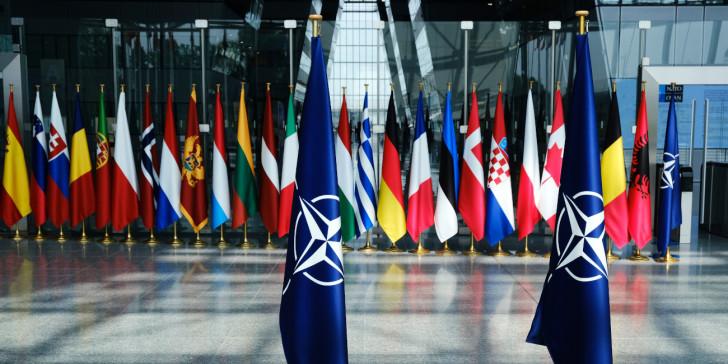 NATO:  Έχει τελικά λόγο ύπαρξης;