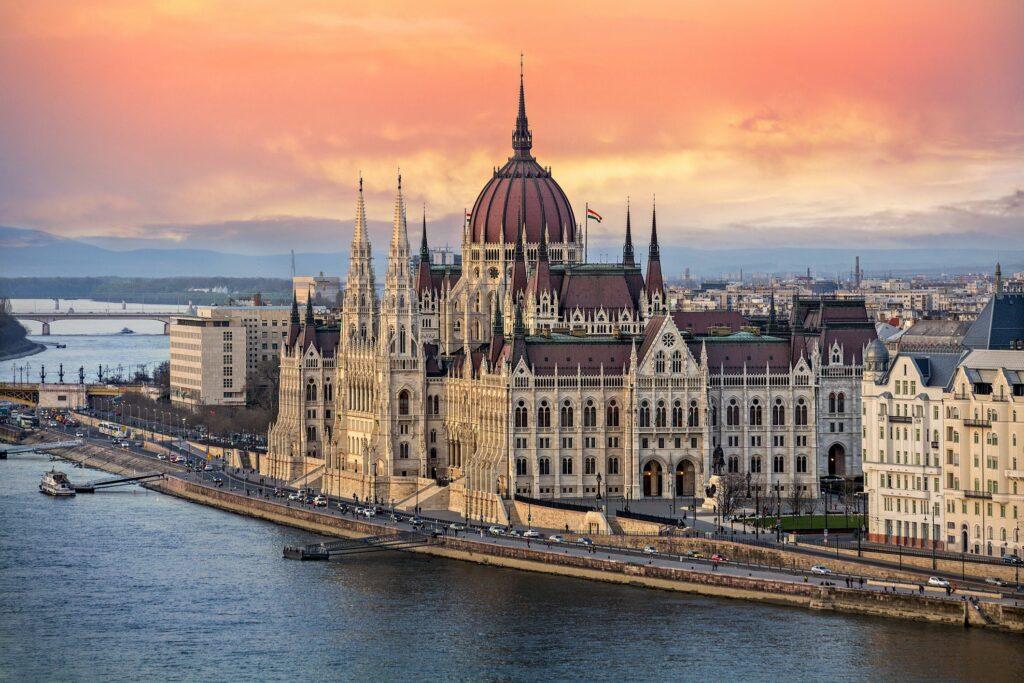 Βουδαπέστη: Η ιστορία ενός παραμυθιού