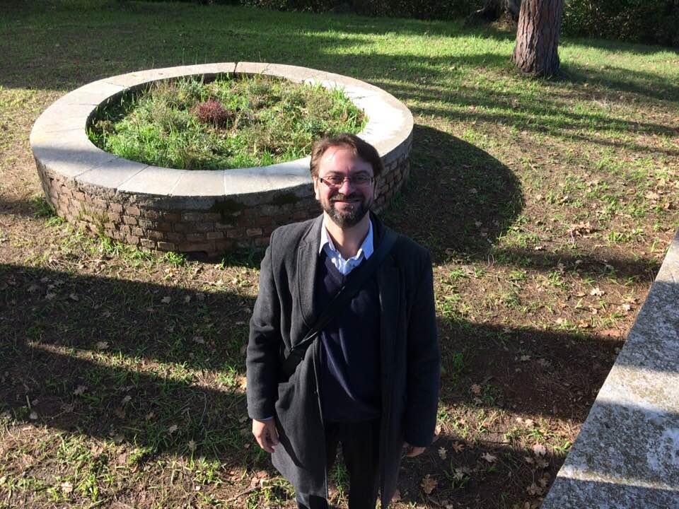 Δημήτρης Μπαχάρας: «Δεν υπάρχουν ασφαλιστικές δικλίδες απέναντι στην εμφάνιση ολοκληρωτισμών»