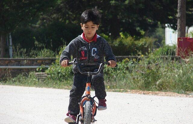 Ασυνόδευτα ανήλικα προσφυγόπουλα: το σχέδιο για μία κοινωνική πολιτική