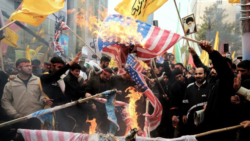 Κρίση ΗΠΑ – Ιράν: Οι ρίζες του κακού