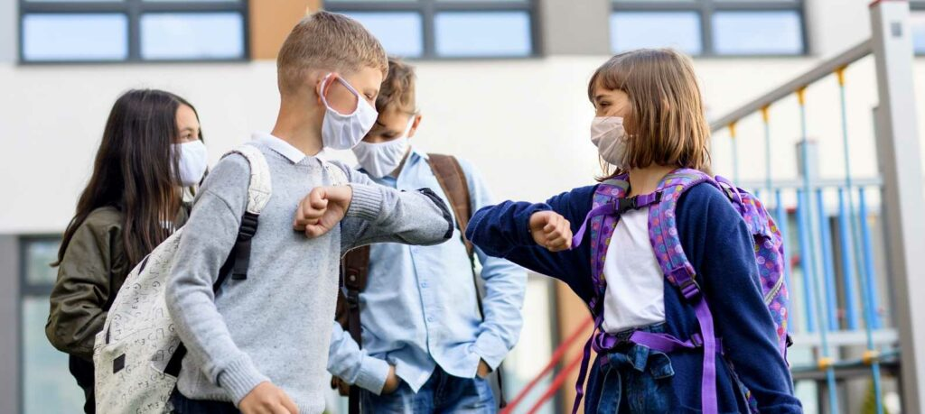 Return to school in the pandemic era: The case of Spain