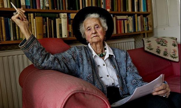 Fe-Memorance: Mary Beatrice Midgley